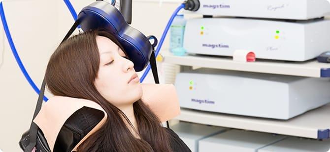 磁気刺激治療の様子