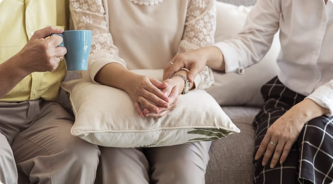 在宅で家族などの介護をする